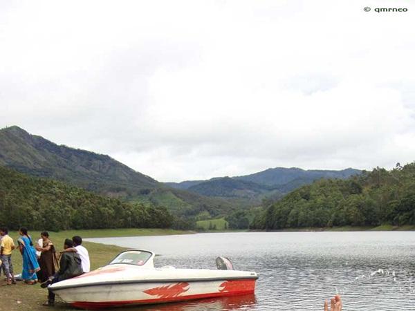 Kundaly Lake Munnar mntravelog