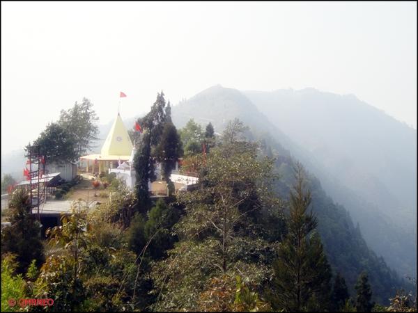 Another beautiful temple next to Hanuman Temple, Kalimpong mntravelog
