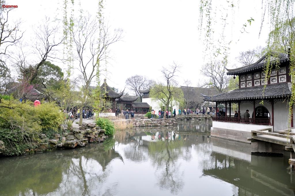 Lake beauty with Pavilion and Greenery Suzhou China mntravelog