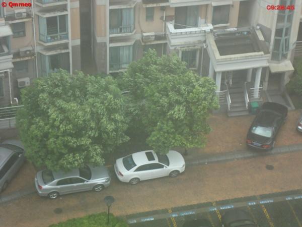 Typhoon Muifa hit Shanghai images from Balcony_MNTravelog