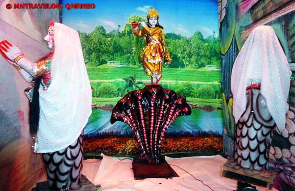 Shri Krishna on snake kaliya Janmashtami 2011 MNtravelog