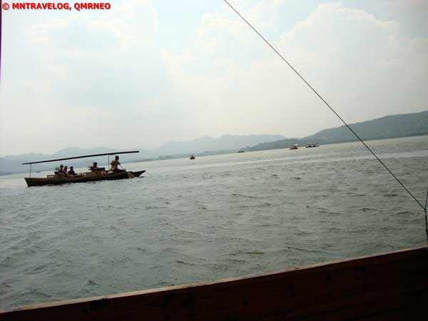 Boat trip,West lake, Hangzhou, Zhejiang China MNTravelog