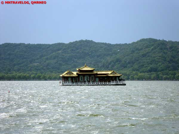 Cruise trip,West lake, Hangzhou, Zhejiang China MNTravelog