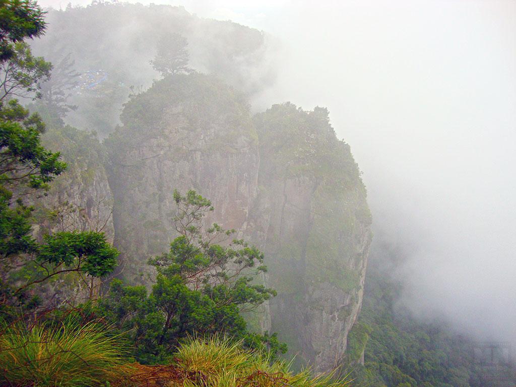 Four Pillar Rock Kodaikanal MNTravelog