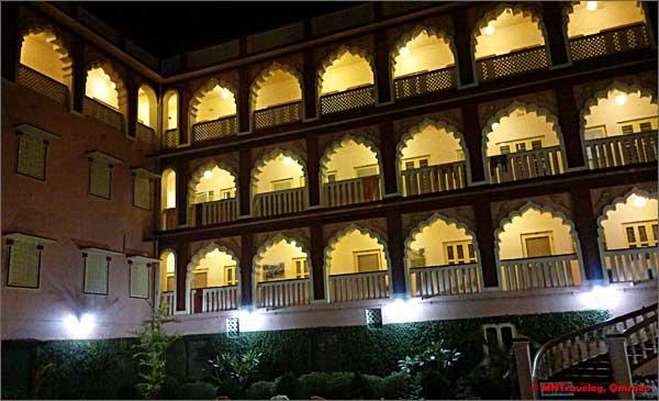 Gada-guesthouse-Sri-Mayapur-mntravelog