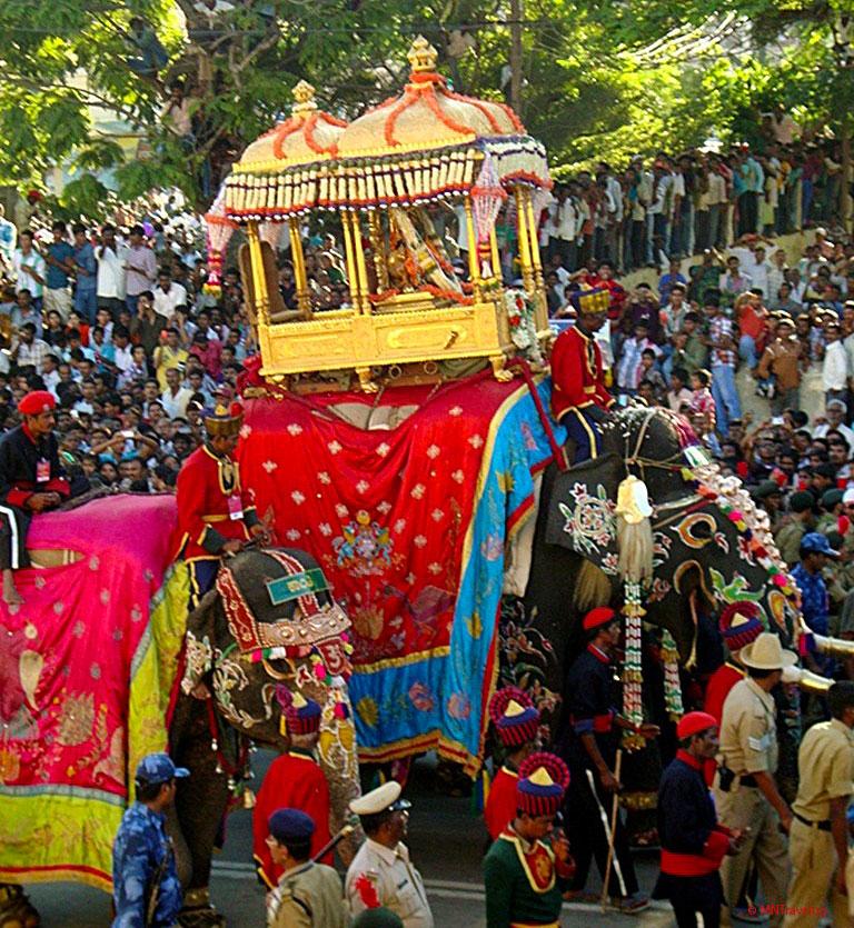 Goddess-Chamundeshwari-in-golden-mantapa-on-top-of-decorated-elephant