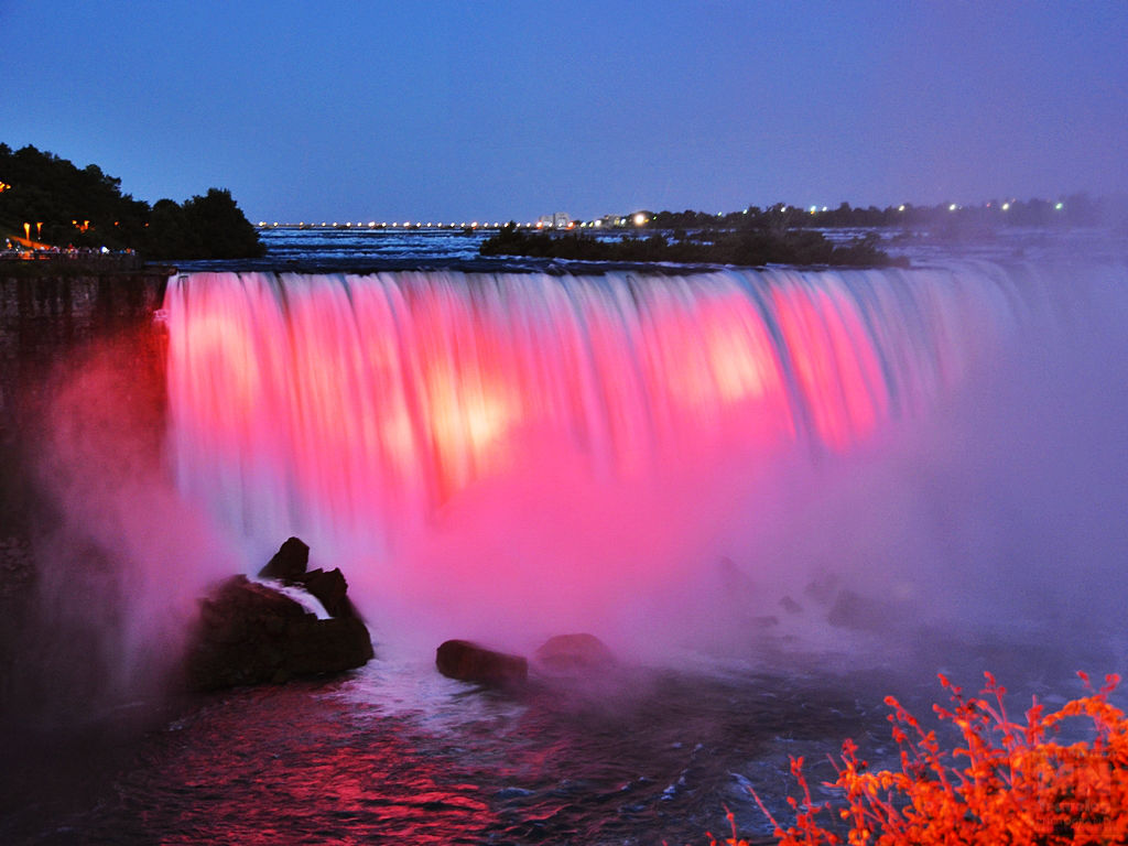 Niagara falls Nightly Illumination MNTravelog