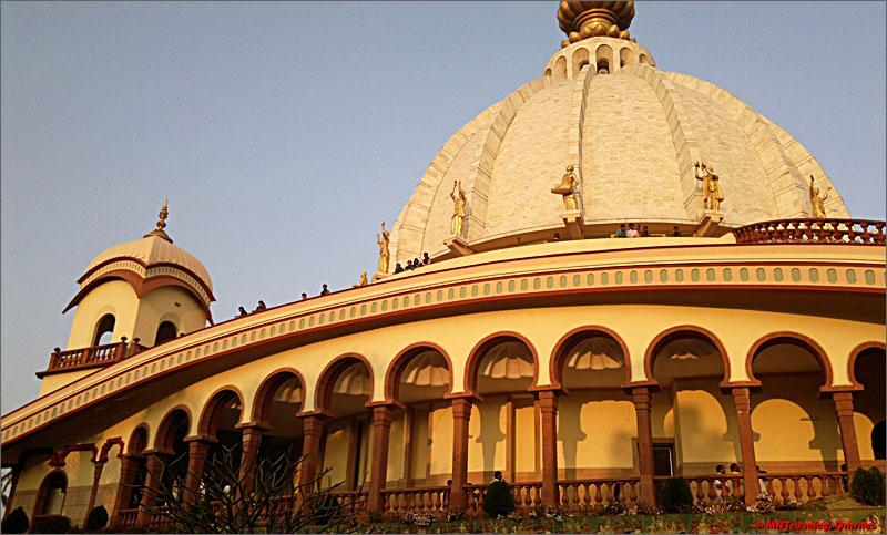 Prabhupada-Samadhi-Mandir-Sri-Mayapur-mntravelog