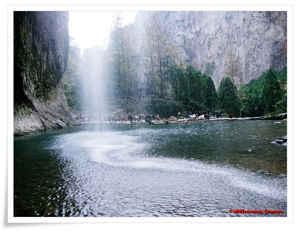 Silver dragon waterfall (Da Long Pool waterfall), YanDang Mountain, China, MNTravelog